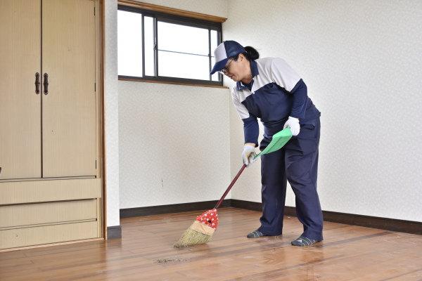 遺品整理 清掃作業