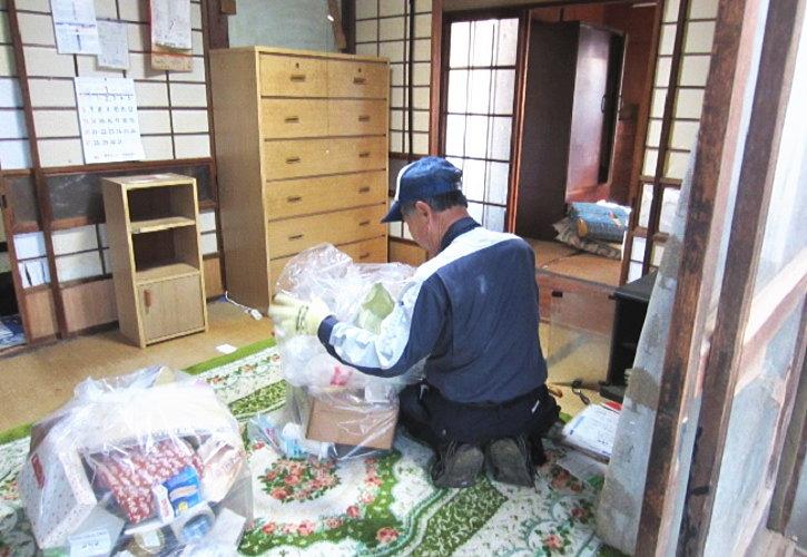 行田市平屋一軒家の片付け作業