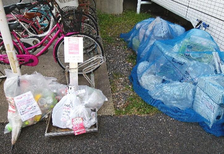 市のごみ収集が持っていけないゴミが残っています
