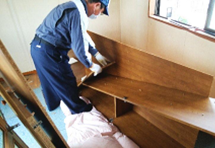 久喜市生前整理 家具の解体