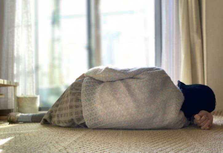 親族がアパートで孤独死!原状回復